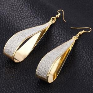 Szamira ovális fülbevaló arany fazonban