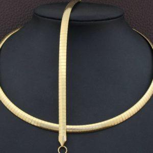 zita-nemesacel-szett-arany-fazonban-001