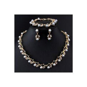 Pearl különleges nyakék szett strasszkővel és ezüst gyöngyökkel gazdagon díszítve